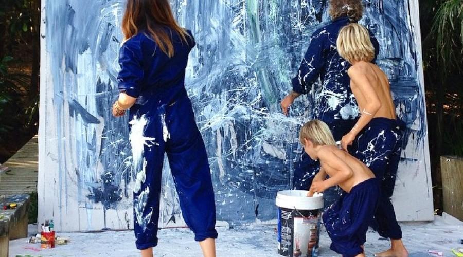 Niños pintando pollokids artyandco event